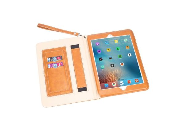iPad 2018 9.7 inch Luxe Book Cover Cognac