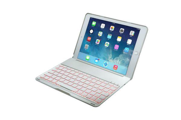 iPad 9.7 2018 AZERTY case bluetooth verlicht toetsenbord zilver