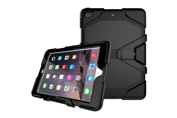 iPad 9.7 (2018) heavy duty survivor case zwart