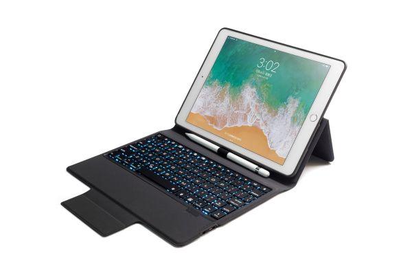 iPad 2018 9.7 inch hoes met vast toetsenbord ultra protection premium zwart